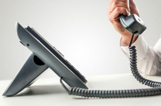 Unsere Service-Mitarbeiter freuen sich auf Ihren Anruf.