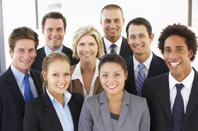 Wir sind immer auf der Suche nach neuen Mitarbeitern und Kollegen.
